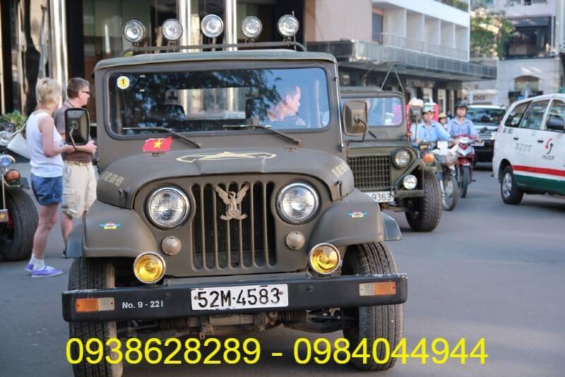 Cho thuê xe Jeep 4 chỗ ở Hồ Chí Minh
